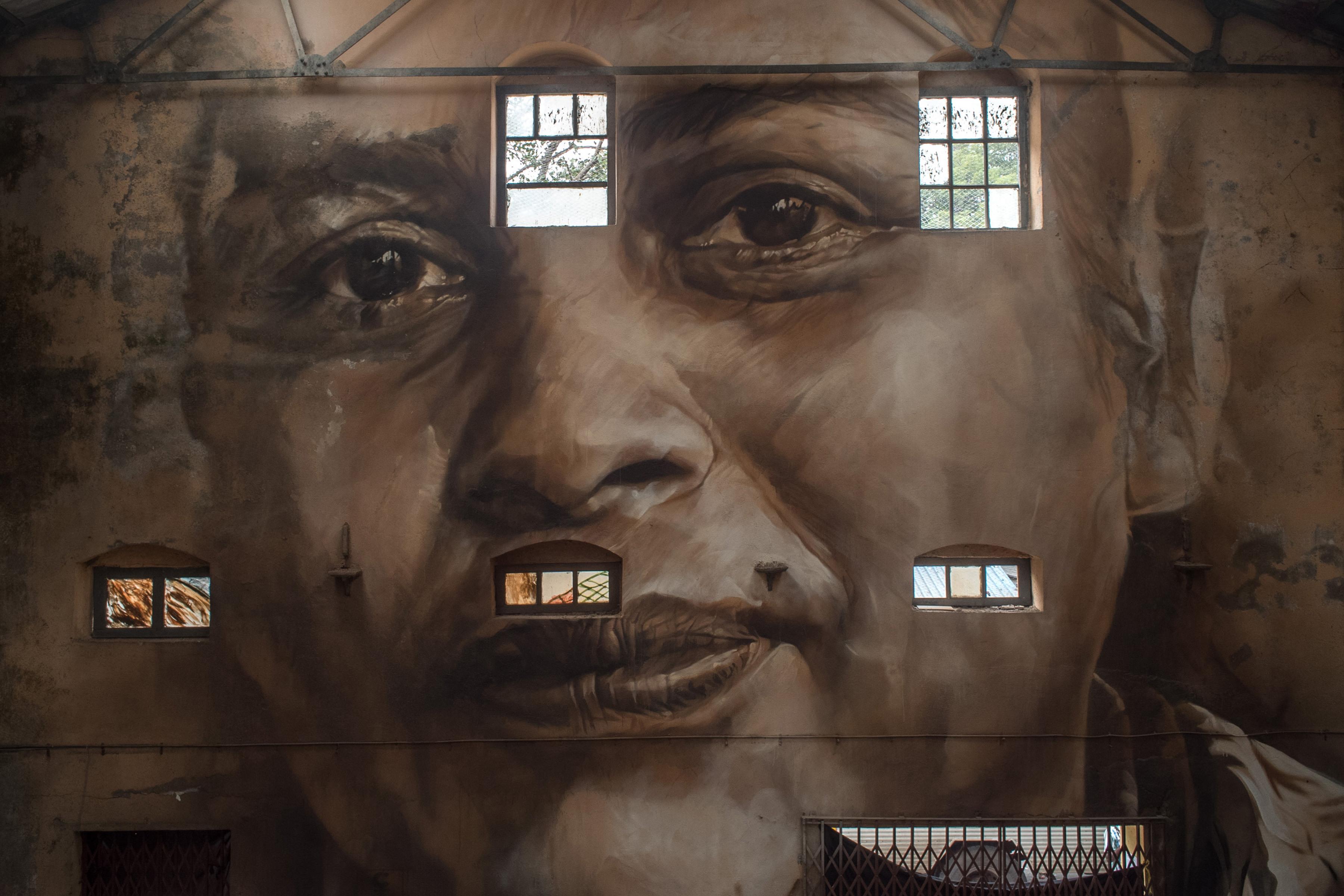 Guido Reveals Sassoon Dock St Art Mumbai 2017 Akshat 1