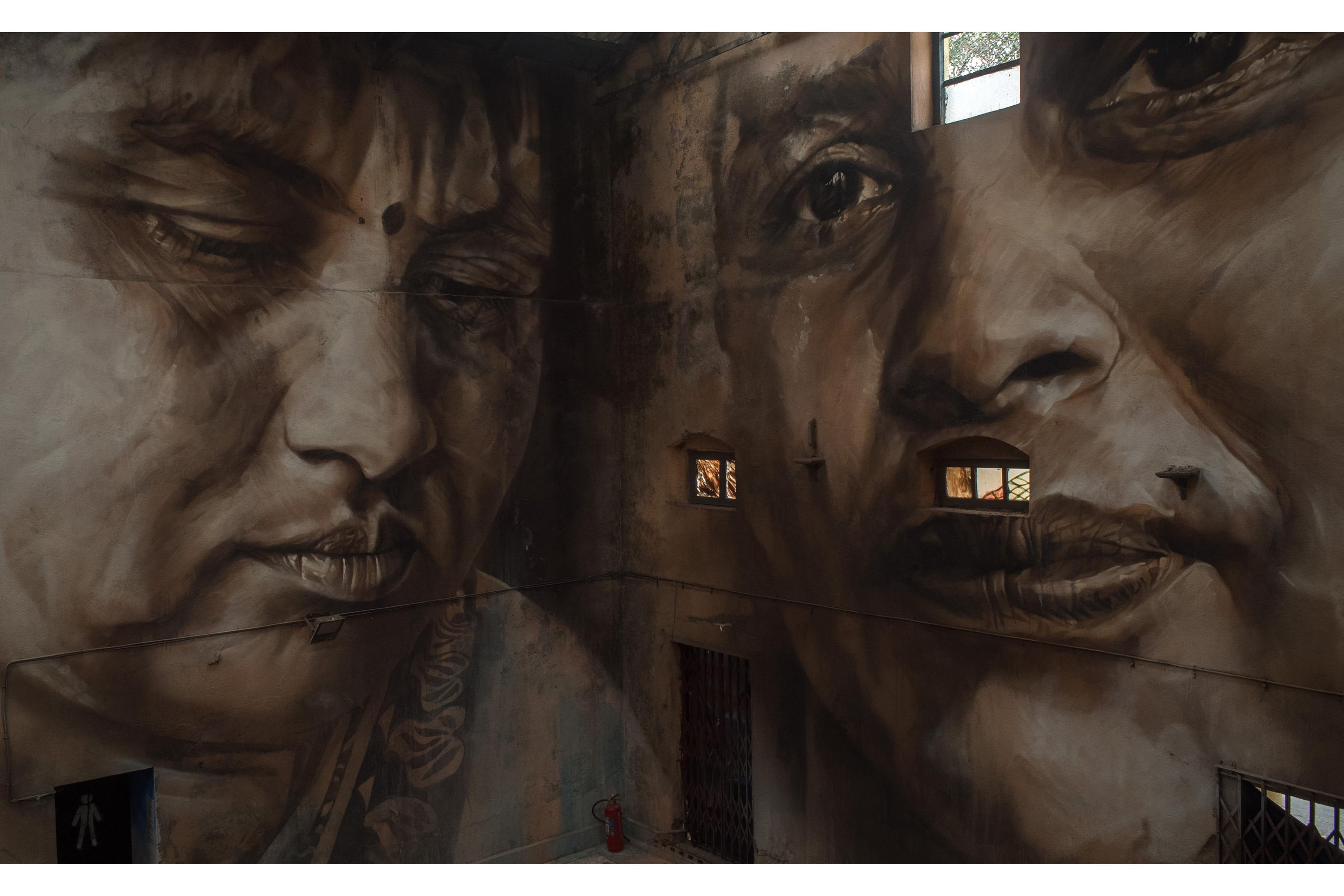 Guido Reveals Sassoon Dock St Art Mumbai 2017 Akshat 2